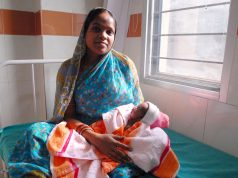 Child birth in India