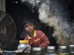 Children working in India