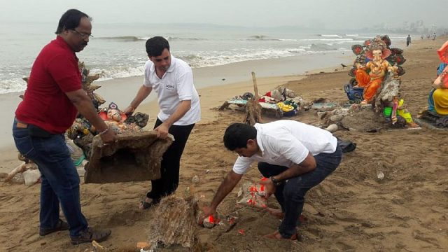 Adani clean up drive after Ganpati immersion