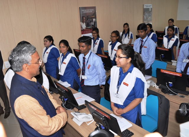 Shri Trivendra Singh Rawat with students