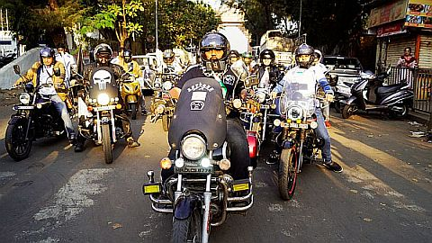 Cadila bike rally to create the awarness on cancer