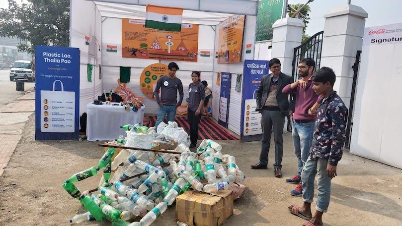 Plastic Uthaao Thaila Pao Campaign