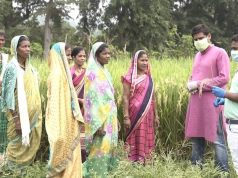 Field training of FPC members by Corteva Agriscience trainer and government official