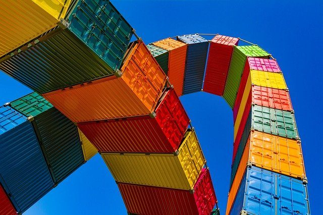 trade climate-smart - shipping containers