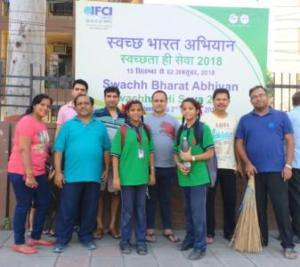 Shramdaan employees of IFCI